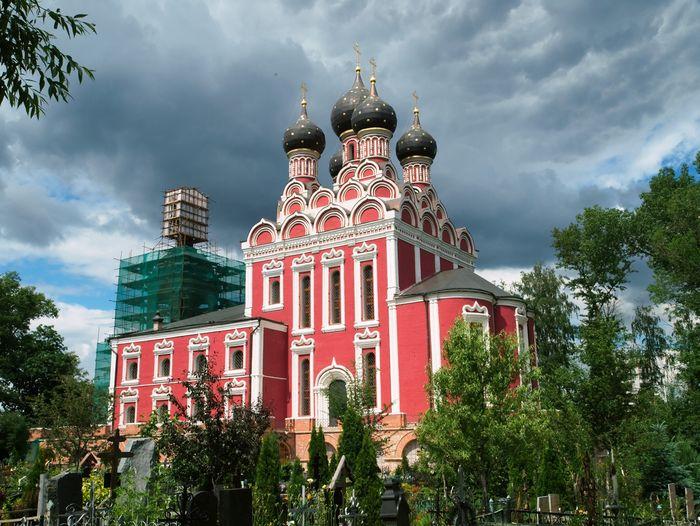 Храм Тихвинской иконы Божией Матери в Алексеевском