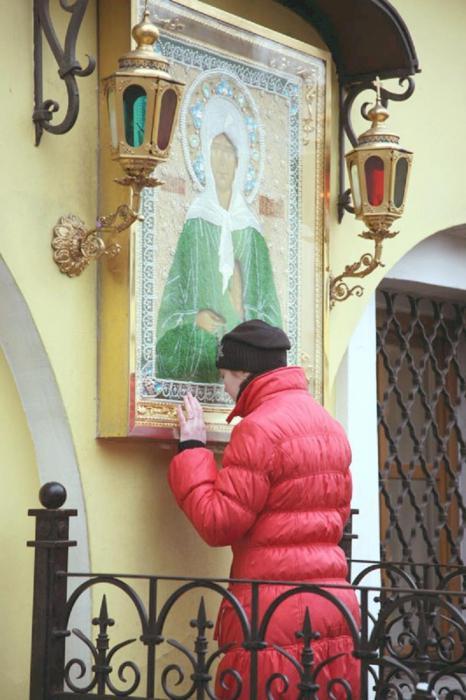 Икона Матроны Московской на храме