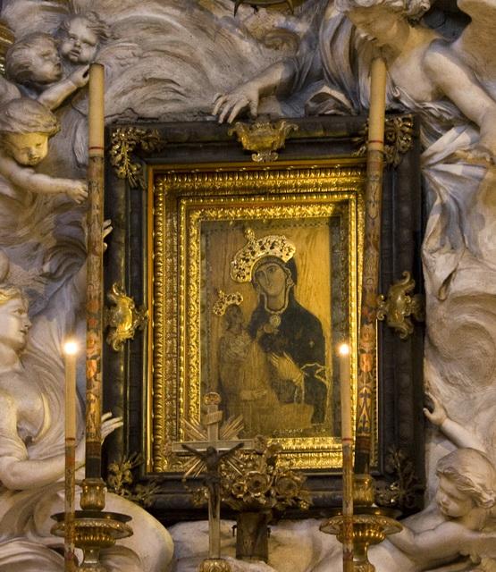 Икона Божьей Матери в храме святой Девы Марии в Риме