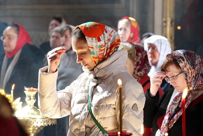 Крестное знамение у православных