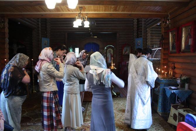Женщины в храме