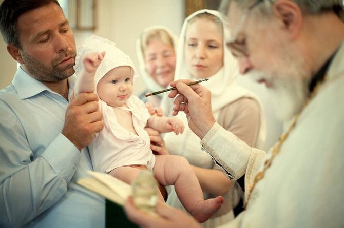 Крестные родители на Крещении
