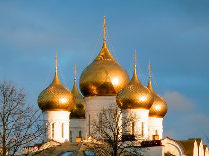 Луковичный купол церкви