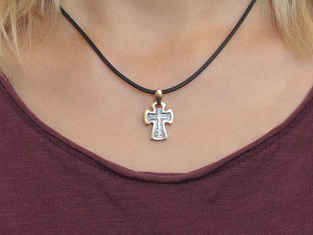 Нательный православный крестик