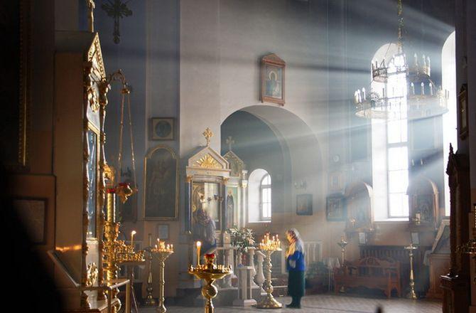 Свет в храме