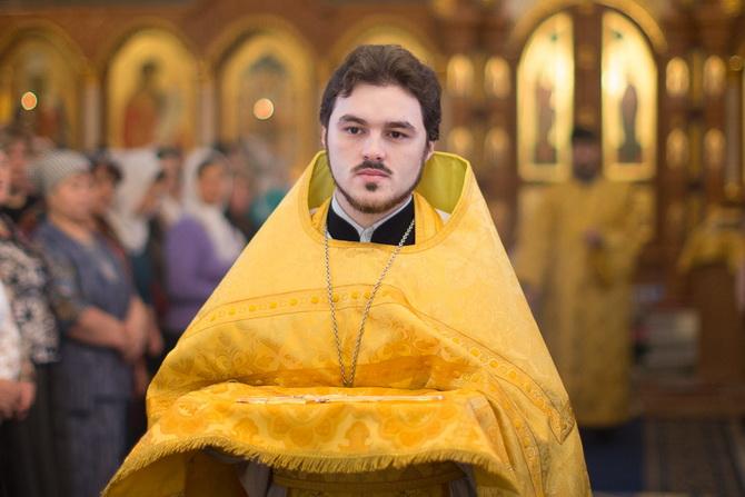 Священник Николай